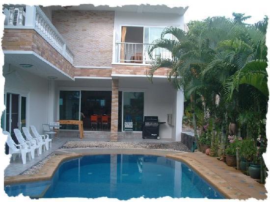 Nc-Residence-Hotel : piscine 30 degrés toute l annee