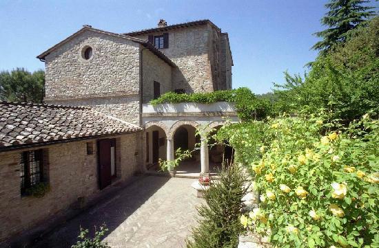 La Rocca di Mantignana: il chiosto