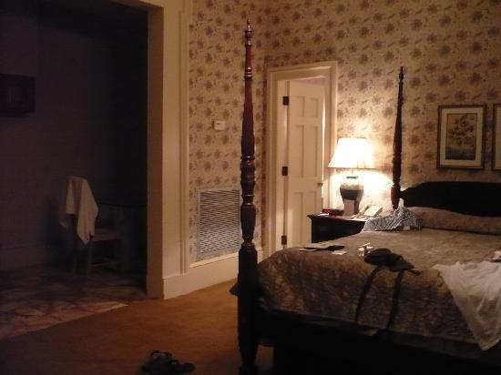 Chambre (partie ancienne de l\'hôtel) - Picture of Hotel St ...