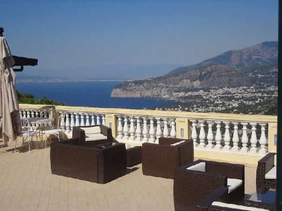 Terrazza - Picture of Hotel Residence Le Terrazze, Sorrento ...