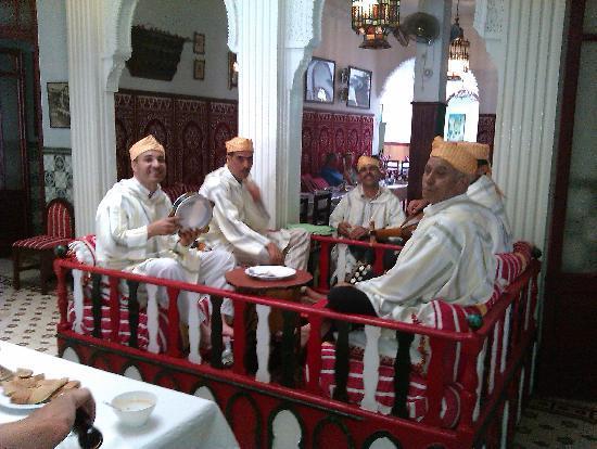Restaurant Hamadi: Chez Hammadi, músicos