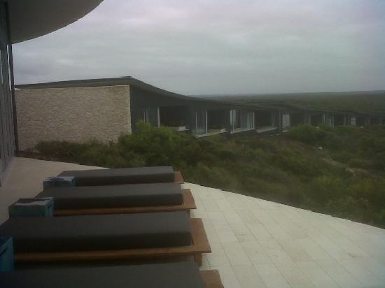 Southern Ocean Lodge: L'hotel visto dal Lounge