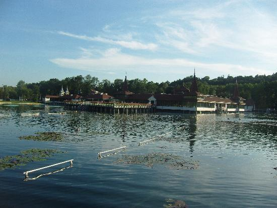 Thermal Lake of Hévíz: Lake Hevis