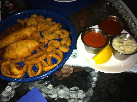 Crab Cakes Restaurant: entrée de fritures