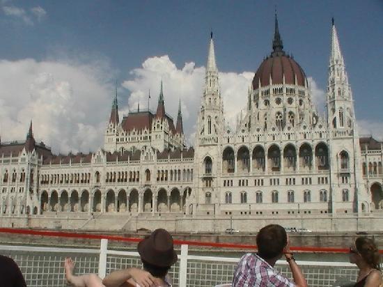 Margaret Island (Margitsziget): Budapest Parliament building
