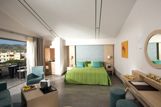 Castello Boutique Resort & Spa: Penthouse Junior Suite with open air jacuzzi