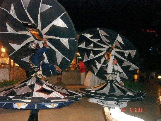 Savoy Sharm El Sheikh: Traditonal Arab Folk dance
