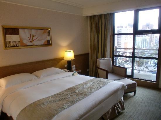 Fullon Hotel Taoyuan: 部屋からはこんな感じ