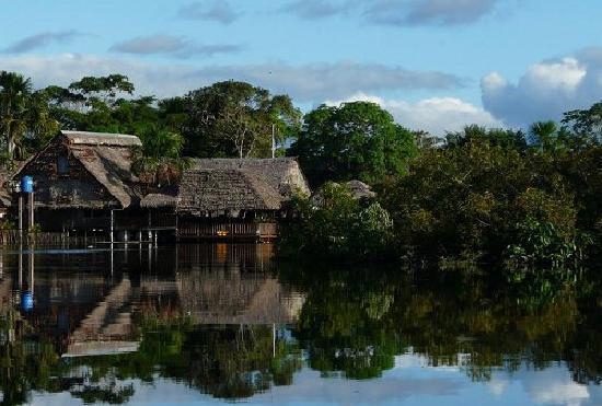Yakuruna Guest House: la maison les pieds dans l'eau
