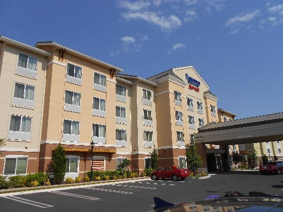 Fairfield Inn & Suites Santa Maria: Het hotel met gratis parking