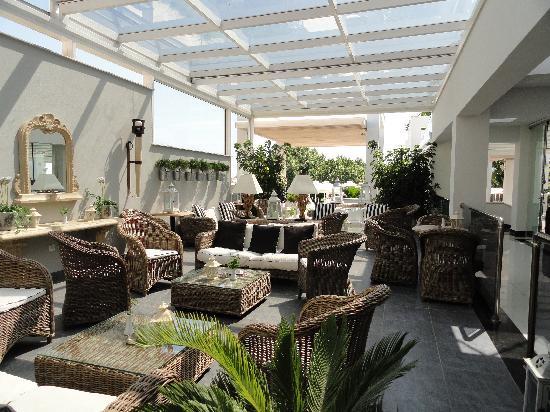 Litohoro Olympus Resort Villas & Spa: terrace