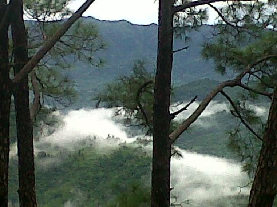 Haryana, Inde : Misty Hill view
