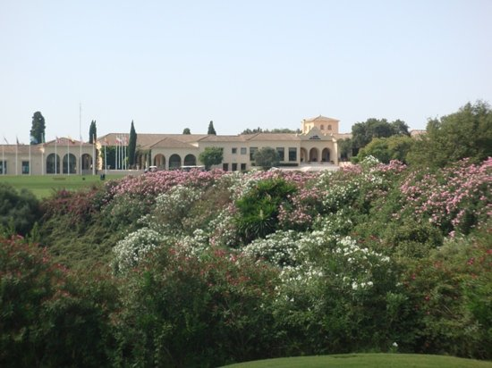 Sotogrande, Hiszpania: the club house, seen from the 11th fairway