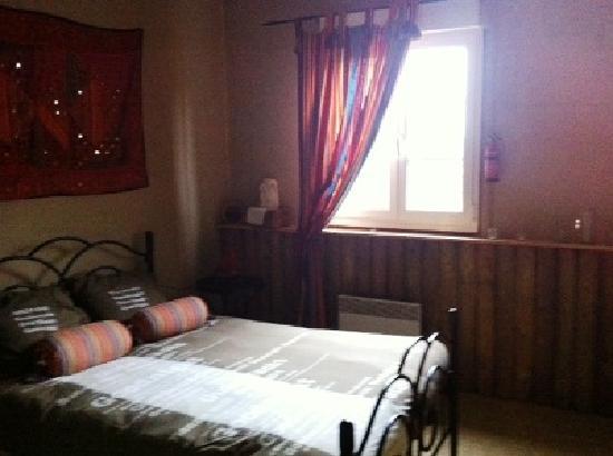 Fontaine-en-Dormois, Francia: Room