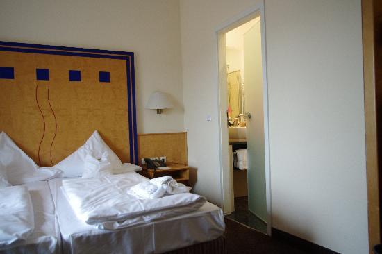 TOP Hotel Hammer: room