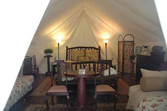 Clayoquot Wilderness Resort: Our family tent