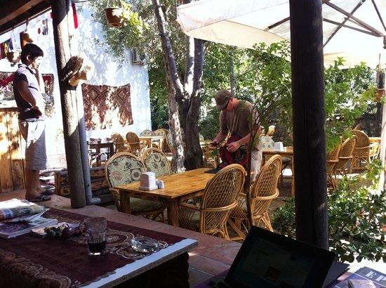 Boomerang Garden Restaurant Ephesus: Morning