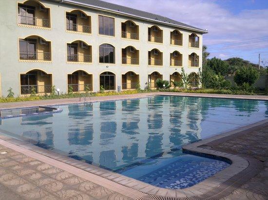 Garissa, Kenia: Large Pool