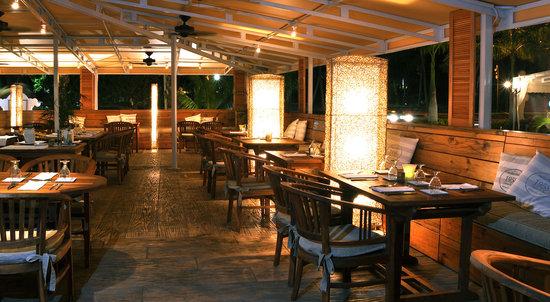 Soenchi's Aruban Cuisine: Soenchi's Dining Area