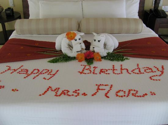 Amorita Resort: bday petals greetings