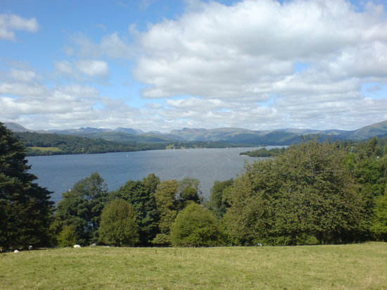 Windermere, UK: Lovely view from the hillside (National Trust Walk)