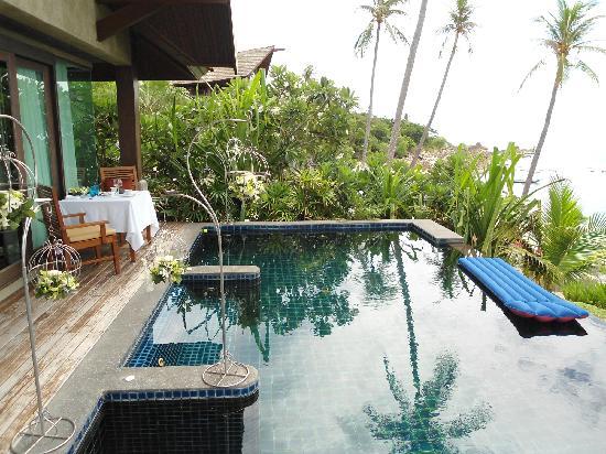 Nora Buri Resort & Spa: Pool der Villa