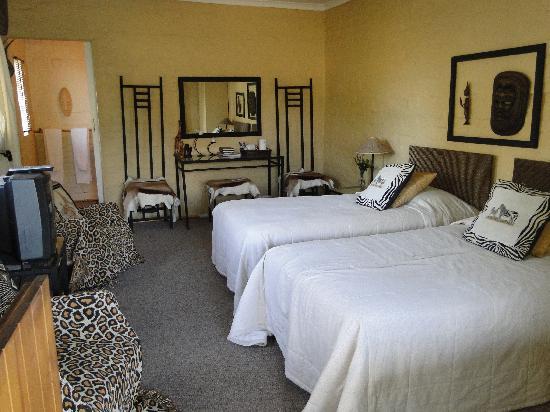 Fynbos Guest House: The safari room