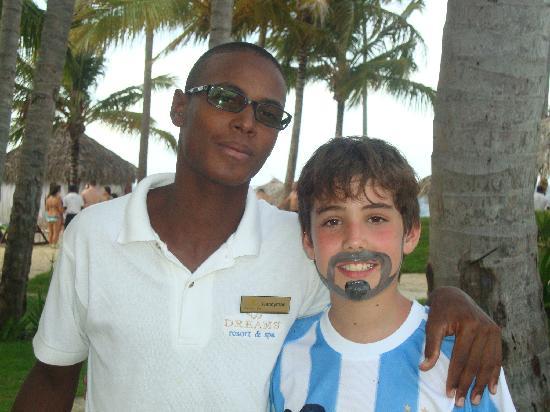 Dreams Palm Beach Punta Cana: mi hijo con Candyman