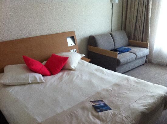 Novotel Narbonne Sud : Zimmer
