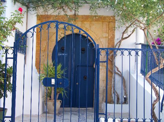 Dar Fatma : la porte d'entrée tout en haut du village
