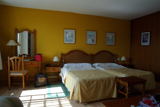 Photo of Hotel Sarga Cabanas
