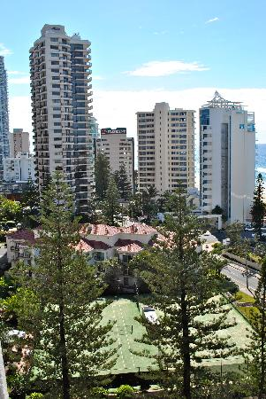 Baronnet Apartments Left Side Ocean View Of Central Surfers Paradise