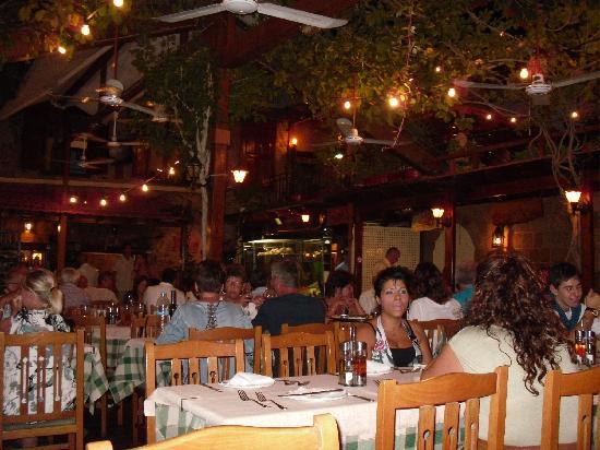 Romeo Restaurant: Great atmosphere