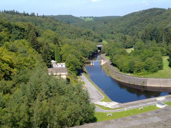 Barrage de la Gileppe: L'autre côté du barrage