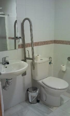 Hotel Rural El Olivar: baño