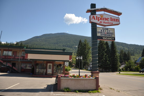 Alpine Inn & Suites: motel photo