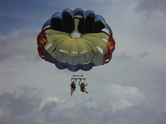 Aloha Watersports: Parasailing in the Atlantic Ocean