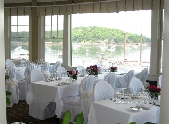 Bar Harbor Inn A Wedding In The Reading Room