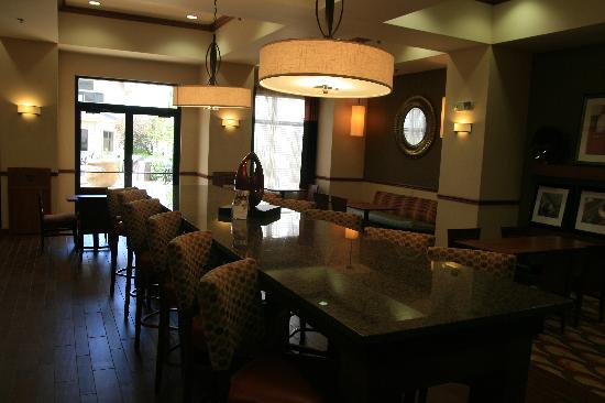 Hampton Inn and Suites-Chesterfield: Reception /hospitality area