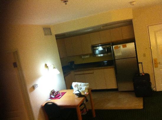 Residence Inn Santa Clarita Valencia: kitchette
