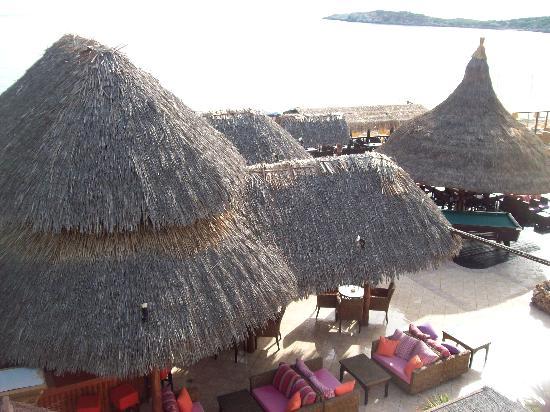 Hotel Nostos: The bar