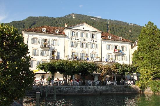 Schon Gelegenes Hotel Direkt Am Vierwaldstattersee Seehof Du Lac