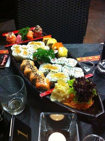Moroboshi Siracusa: le bateau de sushi