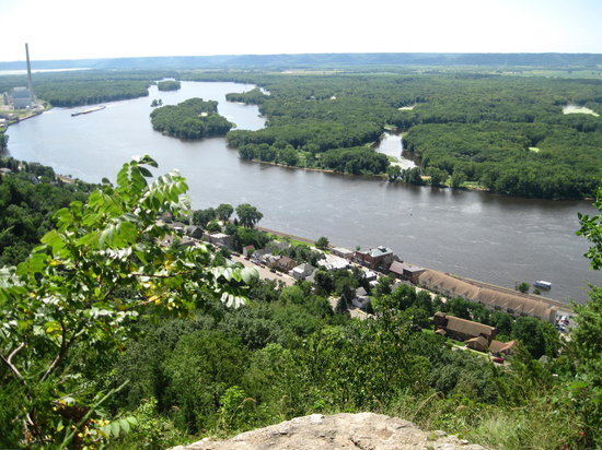 Alma, WI: View from Buena Vista Park overlook