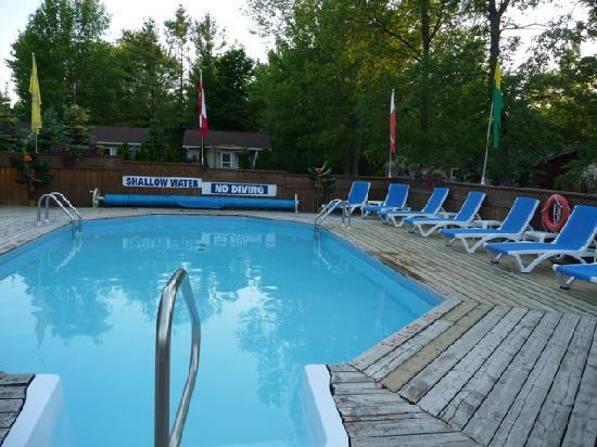 Mermaid Motel & Cottage Court 사진