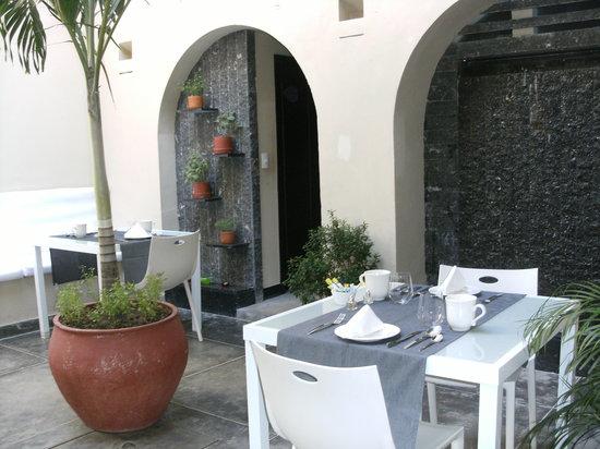 La Casa del Farol Hotel Boutique: Breakfast Area