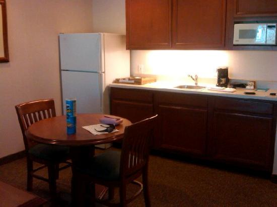 HYATT house San Diego/Sorrento Mesa: Kitchenette