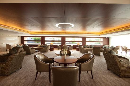 Holiday Inn Cochin: Lobby Lounge