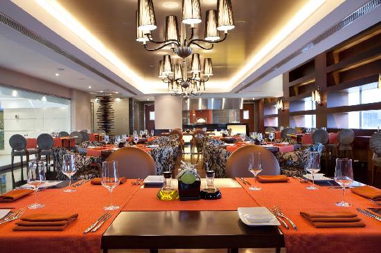 Holiday Inn Cochin : Italian Restaurant - Roma