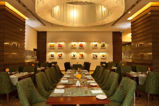 Holiday Inn Cochin: All Day Dining - Masala